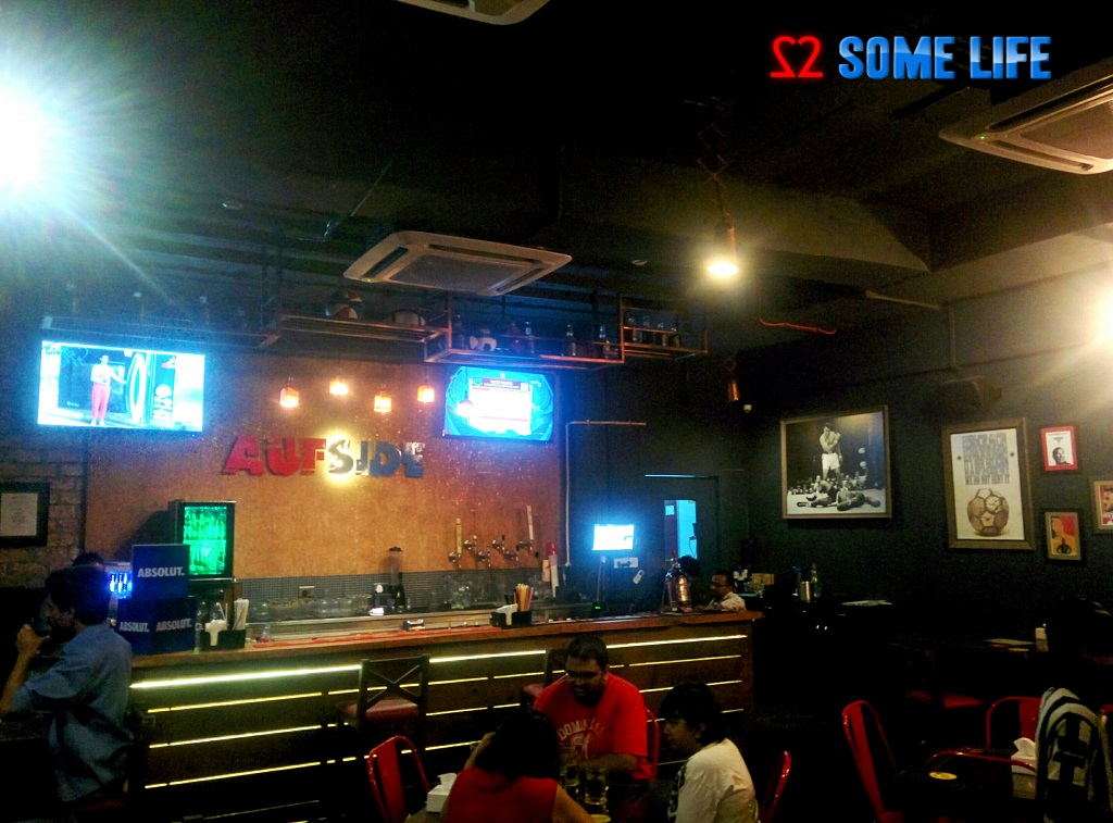 Aufside Sports bar Pune